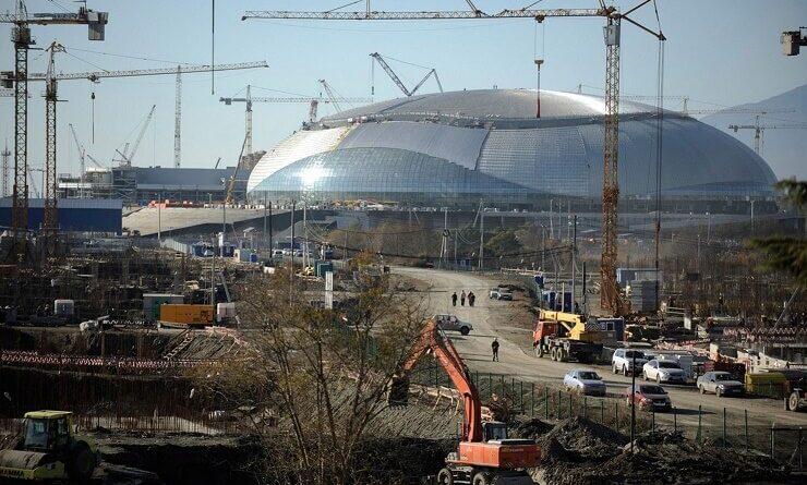 """Строительство ледового дворца """"Большой"""""""