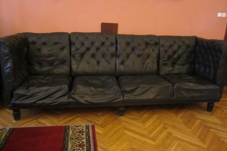 Кожанный диван на даче Сталина