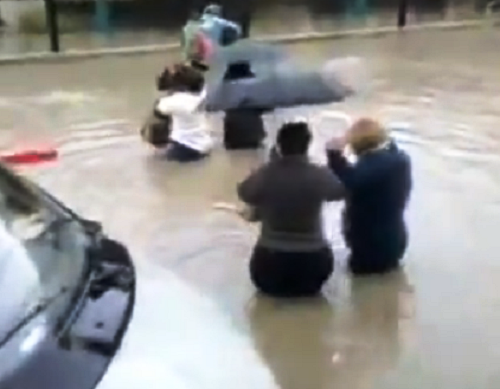 Наводнение в Сочи. К поездам