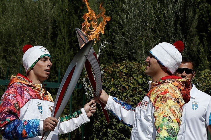 Факелоносцы Олимпиады в Сочи
