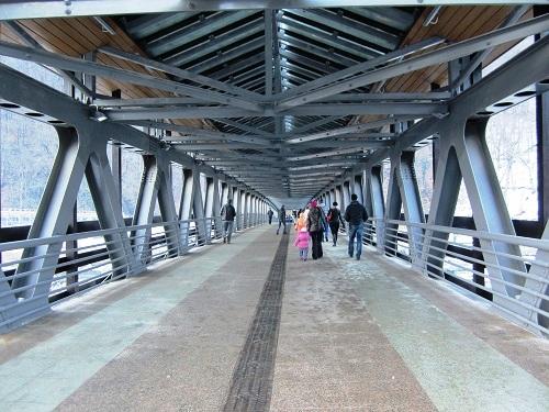 Роза Хутор. Пешеходный мост