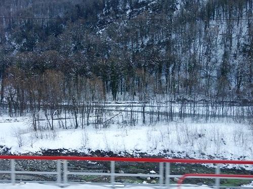 Роза Хутор. Снег по пути