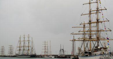 Регата больших парусников в Сочи