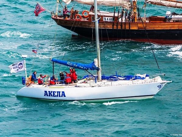 СКФ Черноморская регата больших парусников-2014.  Акела