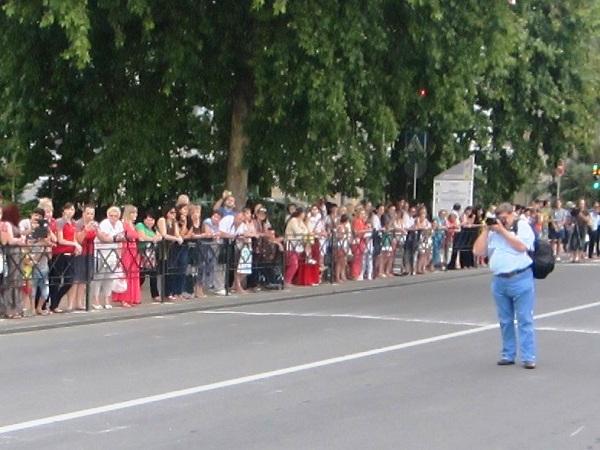 Выпускной бал в Сочи. Ждем парада