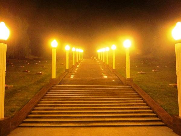 Завокзальный мемориальный комплекс. Лестница