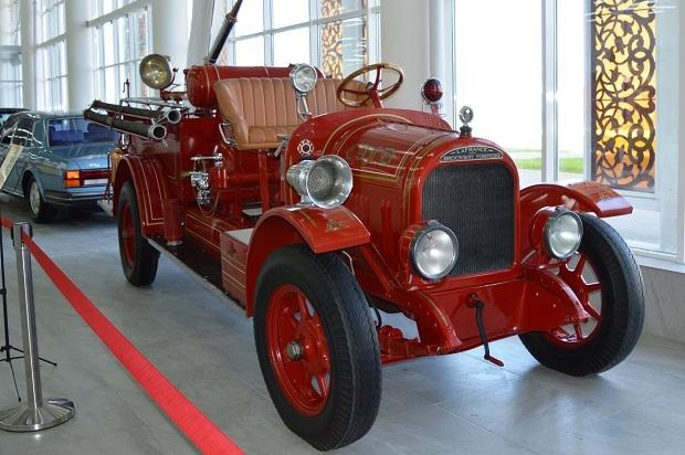 Автомобильный музей в Олимпийском парке. Пожарная машина