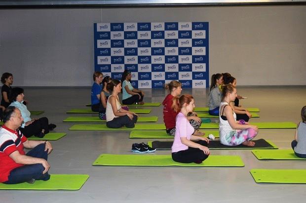 Фитнес-утро на Сочи Автодроме. Открытый урок по йоге