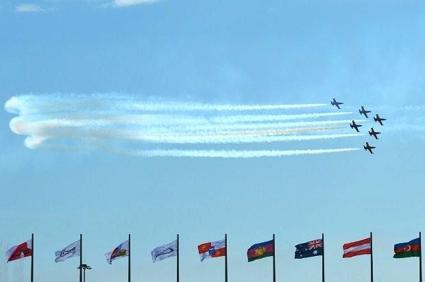 Авиашоу в Олимпийском парке. Пилотажная группа Русь (2)