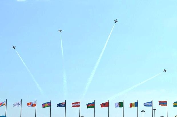 Авиашоу в Олимпийском парке. Пилотажная группа Русь (3)