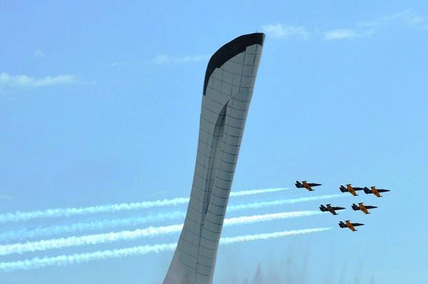 Авиашоу в Олимпийском парке. Пилотажная группа Русь