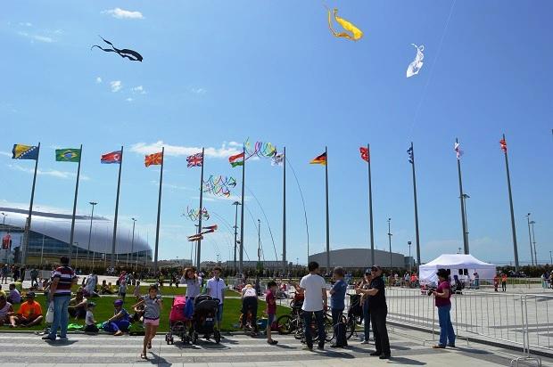 Авиашоу в Олимпийском парке. Шоу воздушных змеев
