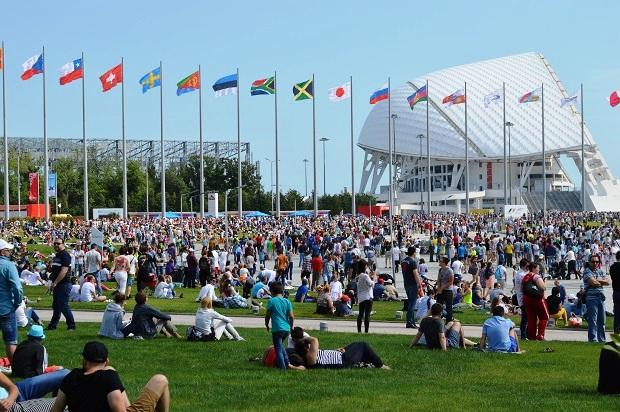 Авиашоу в Олимпийском парке. Зрители