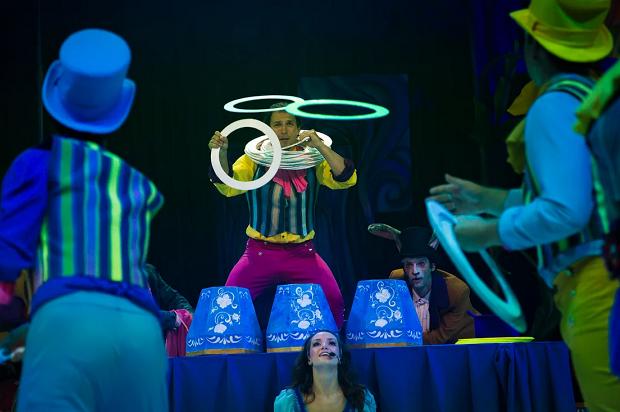 Мюзикл Алиса в Сочи Парке. Групповые жонглеры Тесленко