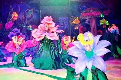 Мюзикл Алиса в Сочи Парке. Свита Королевы цветов