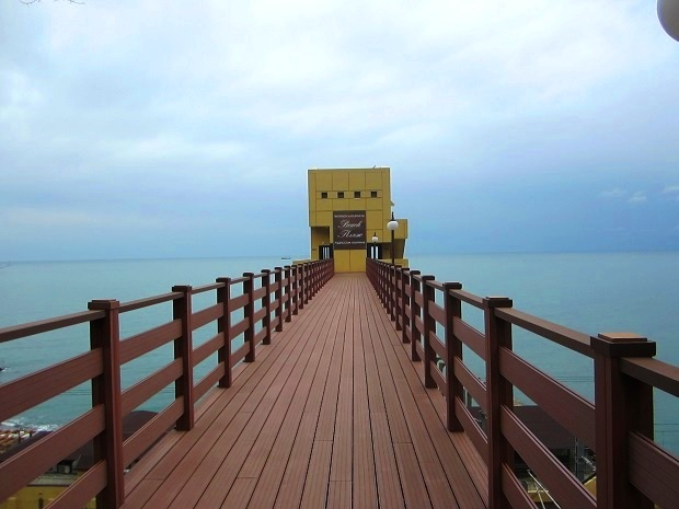 Терренкур в Сочи. Пляж Рэдиссон Лазурная
