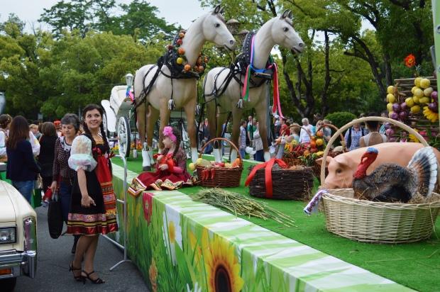 Конкурс карнавальных костюмов в Сочи. Карнавал