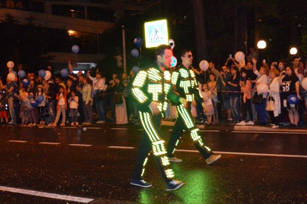 Конкурс карнавальных костюмов в Сочи. Карнавал11