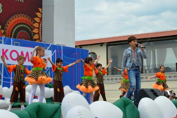 Конкурс карнавальных костюмов в Сочи. Концерт4