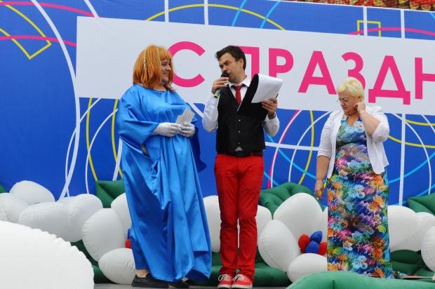 Конкурс карнавальных костюмов в Сочи. Примадонна2