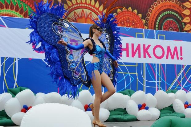 Конкурс карнавальных костюмов в Сочи2