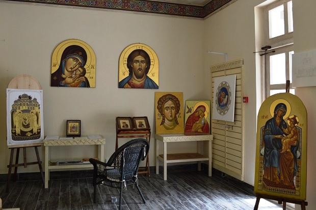 Культурно-этнографическом центре «Моя Россия». Иконописная мастерская