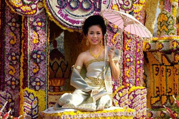 Праздник цветов в Сочи.  Таиланд