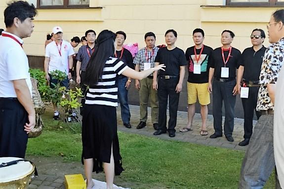 Всемирные хоровые игры. Репетиция хора из Китая