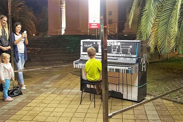 Фестиваль уличных пианино2