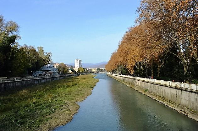Курортный проспект в Сочи. Река Сочи