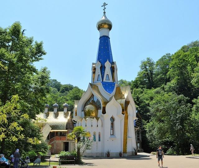 Храм в честь иконы Божией Матери Семистрельная