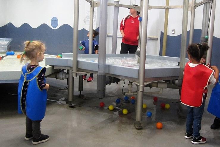 Детский музей в Сан-Хосе. Водные игры