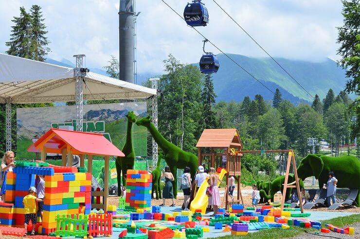 Парк Зеленая Планета. Детская площадка