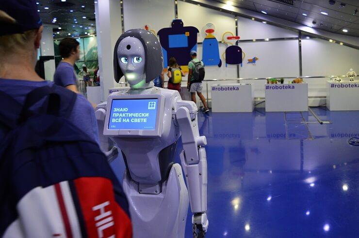 Выставка роботов3