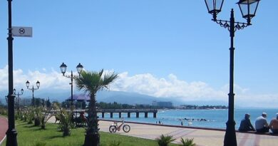 Пляж курорта Роза Хутор2